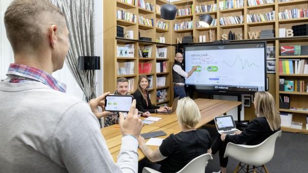 galneoscreen 75i Videokonferenzsystem Bundle